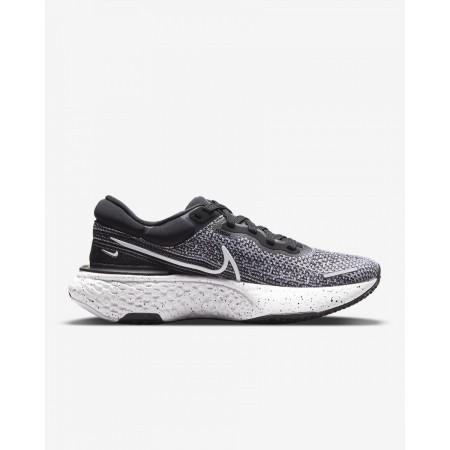 Nike Pantofi Alergare Dama ZOOMX INVINCIBLE RUN FK White/Black FW'21